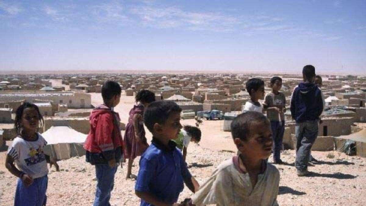 kids playing saharaui